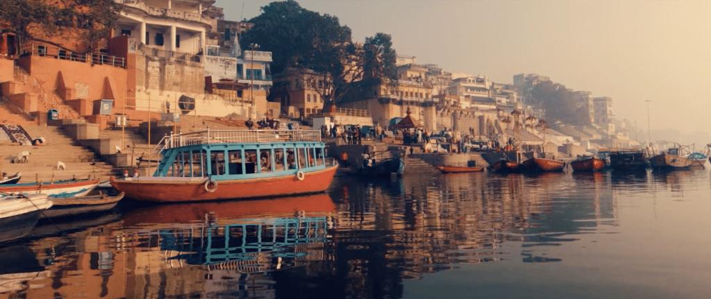 Capture d'écran d'un film de Romain : Morning Ghats of Varanasi.